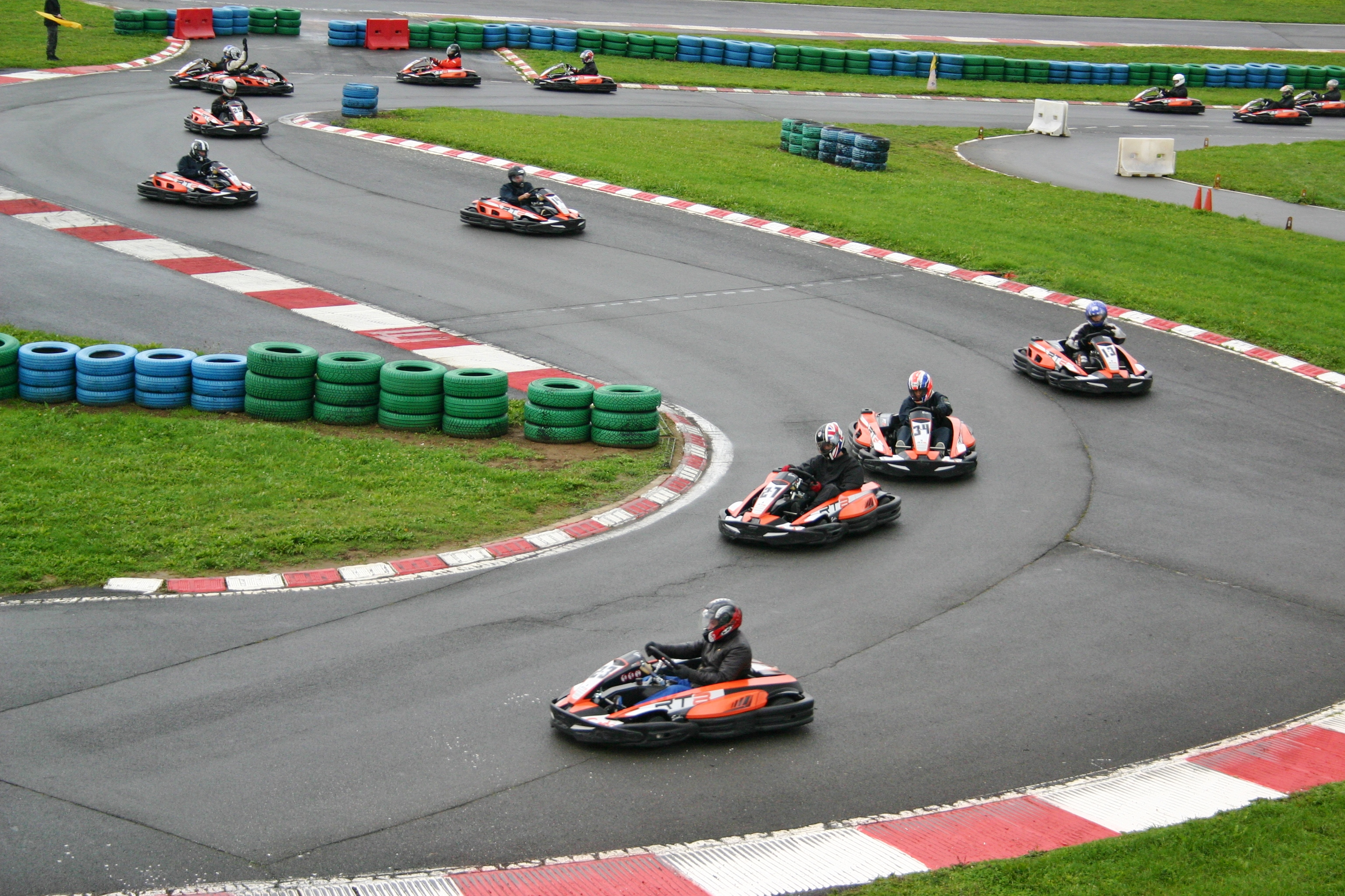 karting circuit de magny cours. Black Bedroom Furniture Sets. Home Design Ideas