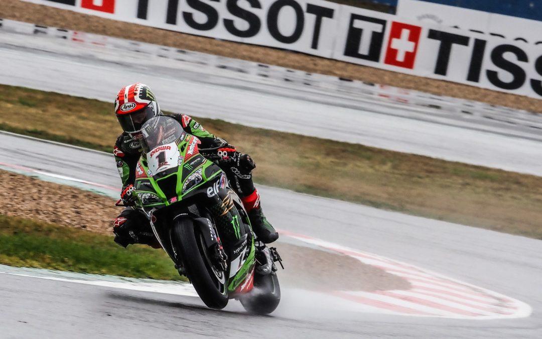 Rea domine la FP1 sous la pluie à Magny-Cours