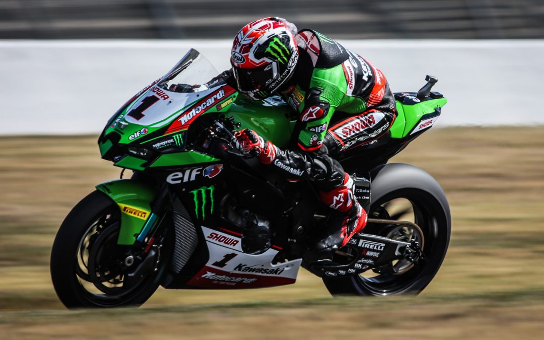 Rea sets record-breaking eighth straight pole and new lap record in Magny-Cours Superpole